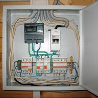 Монтаж, установка, замена, ремонт электрического щитка в Новосибирске. Ремонт электрощита Новосибирск. Индивидуальный квартирный электрощит в Новосибирске